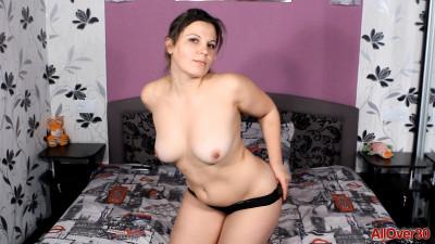 Over30 - Ellariya Rose