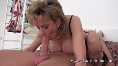 Lady Sonia made To Squirt And Fucked Hard