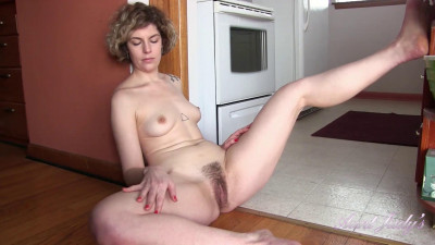 Description Housewife Tess Cleans, and Gets Dirty, In the Kitchen