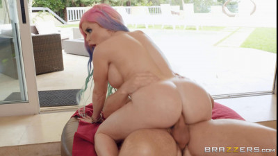 Nikki Delano – Her Ass Is Straight Fire