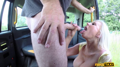 John, Michelle Thorne – Big tits long legs and blonde hair