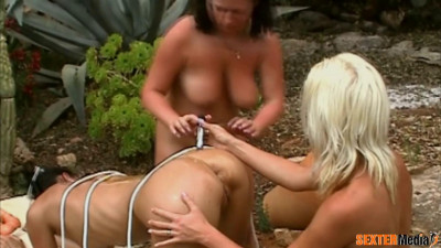 Lesbian sex in the girls camp full hd