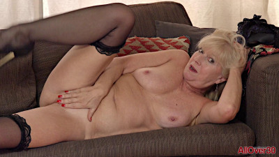Sapphire Louise - Ladies With Toys