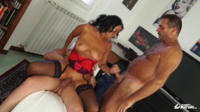 Cum on tits and face for brunette Italian mature in amateur MMF threesome