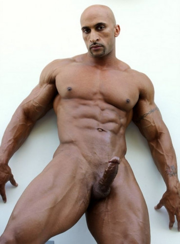 Description Rico Cane - Now Thatands A Bodybuilder!