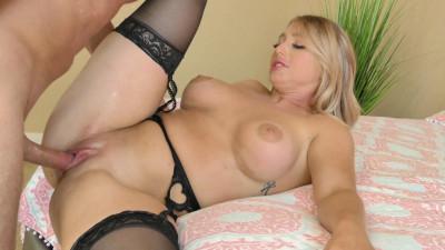 Kayley Gunner - New Starlet Kayley Gunner Takes Her P.O.S Big Hard Cock 1080p