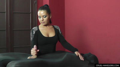 Mistress Lisa – Dirty Handjob