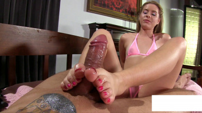 Description Lily Ford- Pink Bikini FootJob