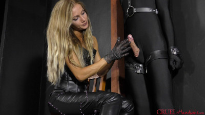 Mistress Tatjana - Femdom Handjobs X