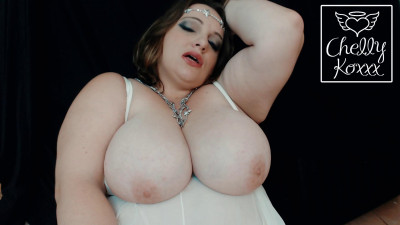 Description Huge boob bbw milf showing tits