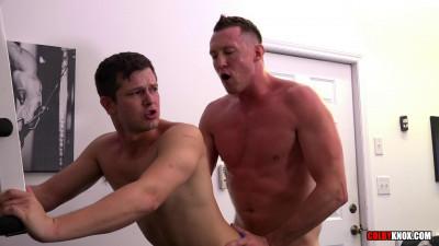 Mickey Knox Gets Pounded Hard by Pierce Paris – Bareback