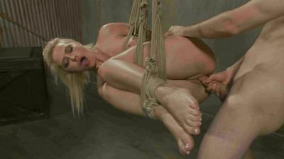 Anikka Albrite, Maestro-Cock Slut Gets Fucked