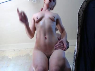 Description Muscle woman