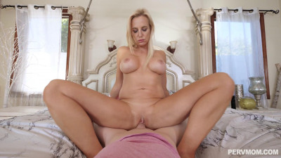 Sophia West – Nudes From Milf (2020)