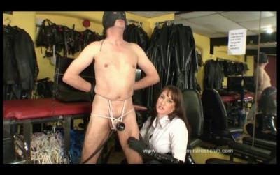 Strap-On Venus Wank With The Riding Mistress Pt1