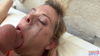 Deepthroat Tears and Smeared Mascara - Elizabeth Bentley - Full HD 1080p