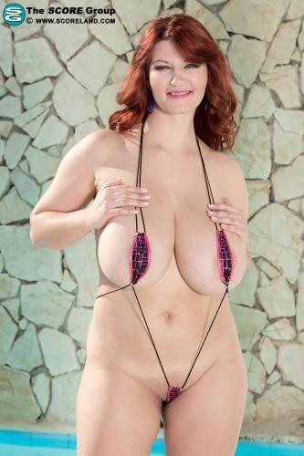 Vanessa Y.S.O.S. Bikini Blast (2014)