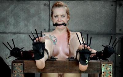 Slave feel pain and pleasure