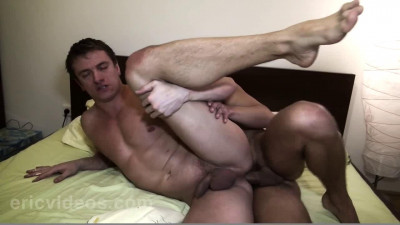 Franco gets loaded by to straight guys