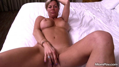 Description 45 year old southern church going milf