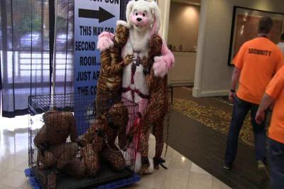 Furry & 4 Kitties at FetishCon