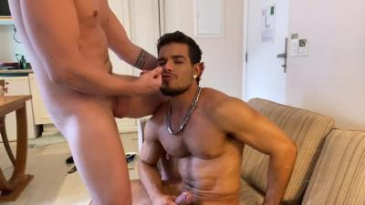 Rico Marlon flip flop with Boy lixo Russo Russian Redneck