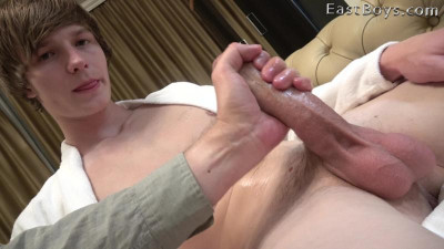 EastBoys - Handjob in the car - Antony Carter (720p)