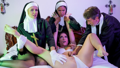 Dana Vespoli, Julia Ann, Victoria Voxxx - Threesome Nun (2019)