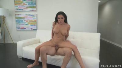 POV Fuck, Suck & Swallow With Glamorous Gianna Grey