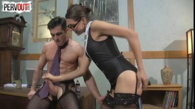 Kinky Boss Sadie Holmes
