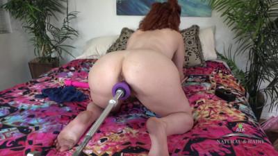 Creamy Fucking Machine Ride busty redd girl