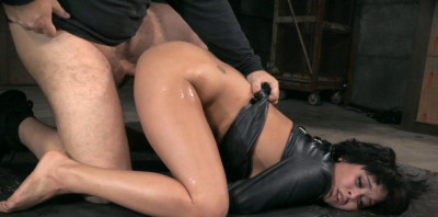 Description Special Bondage Fuck For Mia Austin