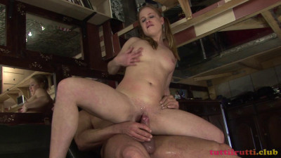 Veronica pee porn casting