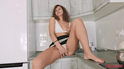 Rafaella - Mature Pleasure