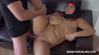 huge tit milf fucked at house hard