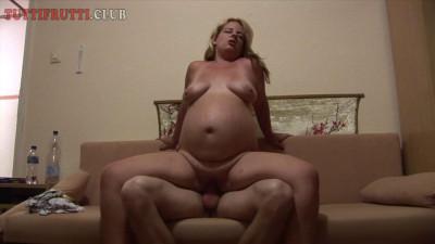 Pregnant Amateur Monica