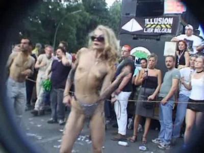 Kit Kat Club at Love Parade
