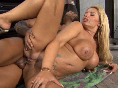 Description Big Tit MILF Mafia pat 6 vol 1