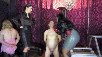 Victoria Valente And Ezada Sinn - Faceslapping And Humiliation