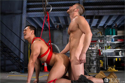 Fetish make - Bondage Garage