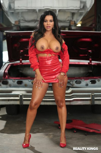 Mary Jean – Stripped For Parts FullHD 1080p
