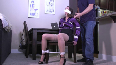 Chrissy Marie — Don't let my husband find me tied up like this — 720p