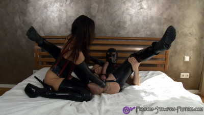 Dominant woman fists mans ass until cumshot