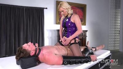 Mistress Summer Day - Dick Draining