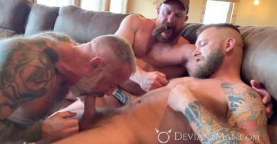 Description Deviant Man - Liam Griffin, Daryl Richter, Eisen Loch