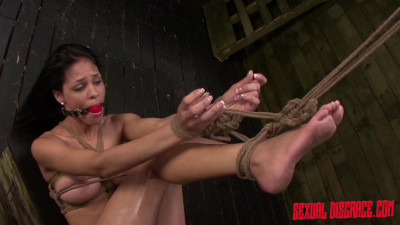 Beauty Queen Jasmine Caro Endures Rope Bondage Session