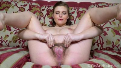 Zlata is pregnant and masturbating away