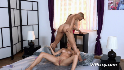 VPissy - Sophia Grace & Puppy - Blondes In Bed