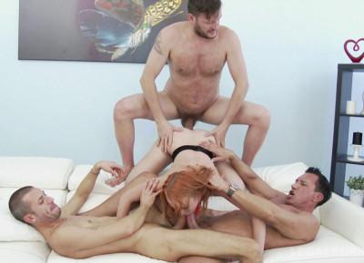 Russian slut enjoys double anal orgy with deep blowjob