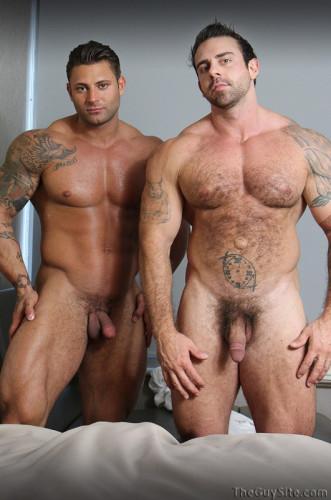 TGuySite — Mike Buffalari & Xavier — Double Muscle